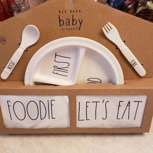 Rae Dunn 5 peice baby plate set
